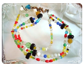 Multi Colored Bead Three Strand Vintage Necklace   Neck-1332a-040212000