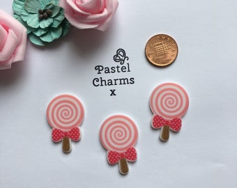 Pack of 3 resin pink lolly pop embellishments