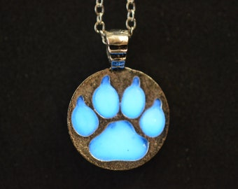 Glowing Paw Print Pendant Necklace
