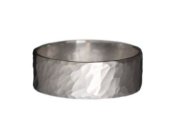 Wide Soft Hammered Band