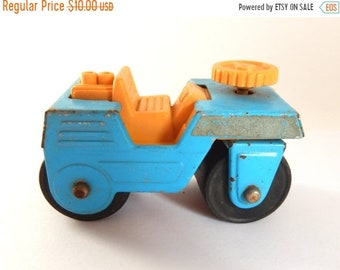 Sale - Vintage 1970's English DURHAM Metal & Plastic Construction Road Roller Toy