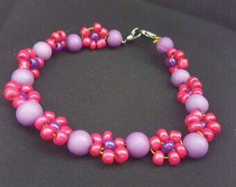 Pink/Purple Flower Bead Bracelet