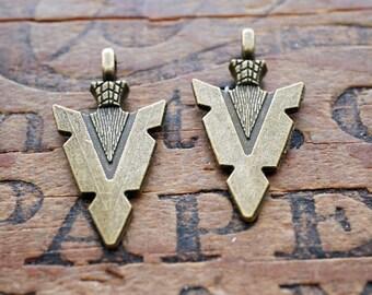 Arrow Pendant Charm Pewter Charm Arrow Head Antiqued Brass (2) P215