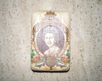 Rare and vintage  1977 Queen Elizabeth Soap, Silver Jubilee 1952-1977