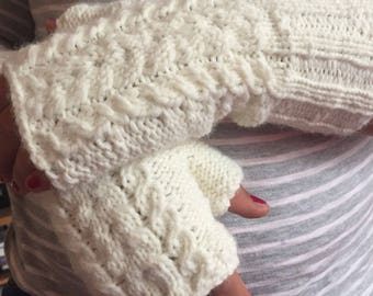 White knitted fingerless gloves comfortable and warm