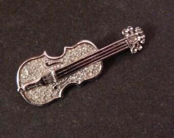 Interesting  Vintage Rhinestone Violin Pin