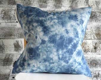 Shibori Pillow Cover - contemporary casual - Marine