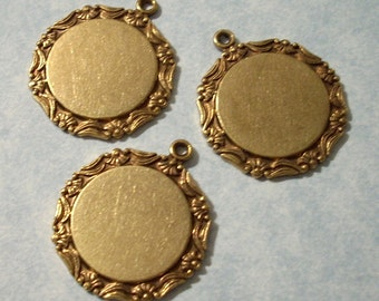 3 Vintage Brass Floral Border Pendants with 16mm Cabochon Settings - Flat Back