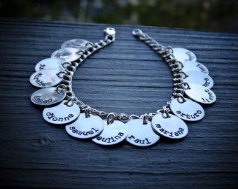 Mother's Day Charm Bracelet - Grandkids Bracelet - Kids Name Bracelet - Personalized charm Bracelet - Ideas for Mom - Gift for Grandmother