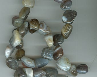 Gray Botswana Banded Agate Tumbled Nugget Gemstone Beads with White and Cream Focal Bead 498