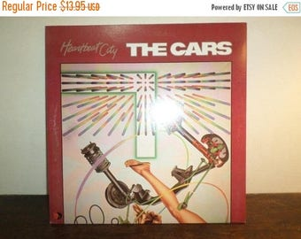 Vintage 1984 LP Record The Cars Heartbeat City Near Mint Condition 9696
