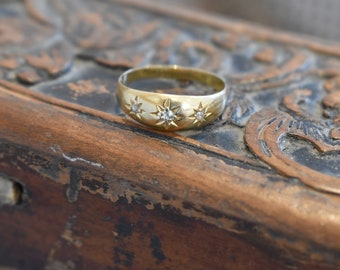 18ct Gold & Diamond Victorian Gypsy Style Ring