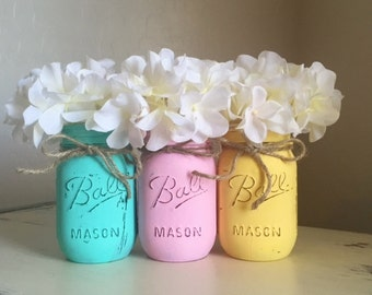 Mason Jar Home Decor, Spring Decor, Easter Decorations, Distressed Mason Jars, Baby Shower Decorations, Shabby and Chic, Nursery Decor