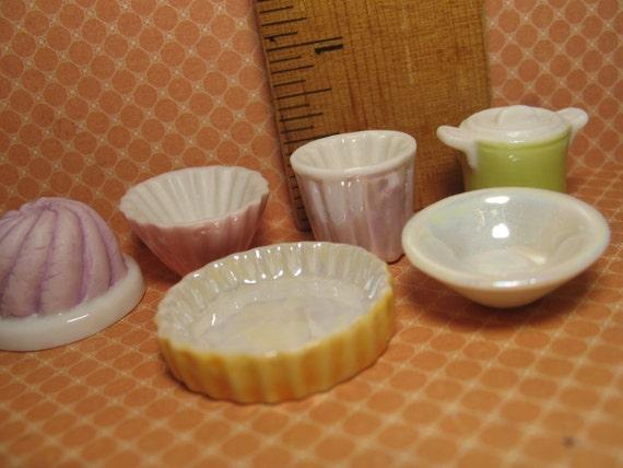 Mini Pyrex Glass Dishes Bundt Bowl Cake Pan Crock Pie Plate