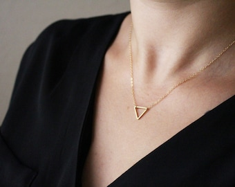 Tiny Triangle Necklace / Gold Triangle Necklace / Small Triangle Necklace / Triangle Necklace / Floating Triangle