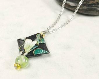 Pendentif vert | bijou en origami | chaine argent | Origami par Ökibō