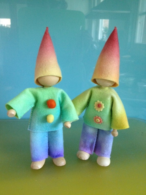 WOOD and WIRE DOLLS *** 5 X 10cms Doll Bases ***Bendy Dolls *** D I Y dolls ****Free Pattern for Making Felt Clothes Included