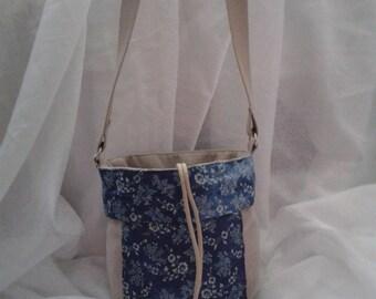 Flower patterns fabric shoulder bag