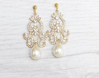 Dazzling gold crystals chandelier earrings. Chandelier earrings.  Gold crystals earrings for bride. Wedding earrings. Gold Bridal earrings.