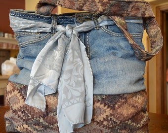 Big bag in jeans