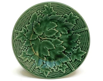 Green Majolica Plate. Vintage French Majolica Plate. Grape Leaf Plate. Decorative Wall Plate