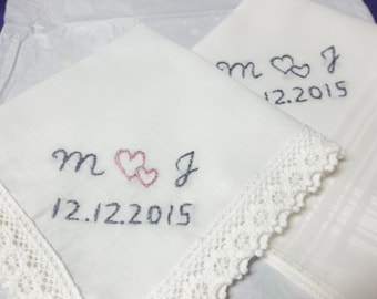 Wedding couple handkerchiefs, set of 2, hand embroidered, bridal gift, wedding colors welcome, hankie, monogram, personalized, bride/groom