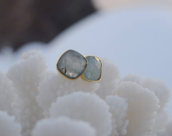 Max Aurora Earring, handmade from silver dipped in gold, Aquamarine
