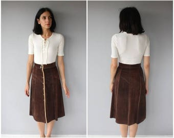 Vintage 1970s Suede Midi Skirt | Button Front Midi Skirt | Suede Skirt | 70s Skirt | Chocolate Brown Skirt - (small)