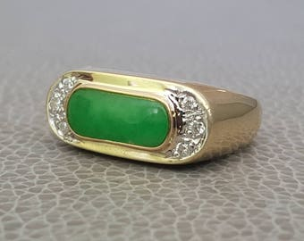 14K Jade & Diamond Ring Saddle Ring Size 8