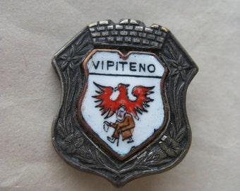Vipiteno Shield Brooch Enamel Silver Bird Man Red White Vintage Pin