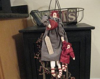 Raggedy Ann - Raggedy Ann Doll - Wall Hanging - Door Hanging - Raggedy Ann and Child -Mothers Day - FAAP~HAFAIR~TEAMHAHA