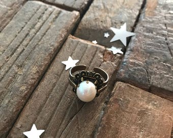 Jan Michaels adjustable brass ring with beautiful rounded pearl