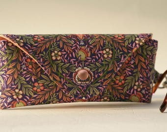 NEW Glasses case/ Eyeglass case/Sunglasses case/Reading glasses case/Liberty fabric/Peach porter