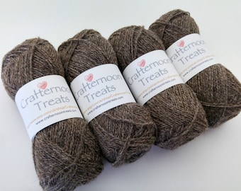 Coffee in the mist Natural + undyed British Alpaca and Shetland wool (80:20 blend). Fingering weight. 50g 190 yds 175 m. Crafternoon Treats