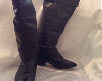 1980s Black Leather Boots with Fold-Over Cuff -- size 5 1/2