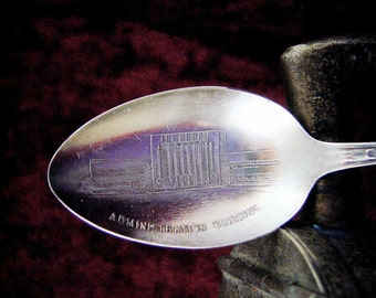 1933 Chicago World's Fair Souvenir Administration Building Spoon