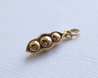 Natural Bronze Three Peas in a Pod Charm -- 1 Piece -- Gold Pendant