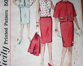 Jackie Kennedy Style Suit and Shell Pattern---Simplicity 4304---Size 12  Bust 32