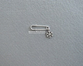 Micro charm brooch _ Snowflake