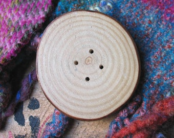 038 Natural,  large, white  ash buttons (fraxinus excelsior), handmade, one of a kind.