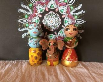 Lord Shiva Parvati Ganesh wooden dolls