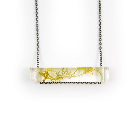 Terrarium Resin Side Bar Moss Necklace