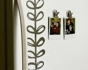 sweet vinyl vine by  Elsie Larson elsiecake and A Beautiful Mess vinyl wall decal set