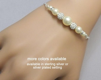 Pearl Bracelet, Ivory Pearl Wedding Bracelet Personalized Bridesmaid Gift, Bachelorette Party GIft, Bridal Shower GIft Jewelry
