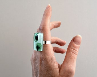 Big ring, Fused glass ring, Unique green and white statement ring, Sterling silver ring, Fused glass jewelry, Adjustable size
