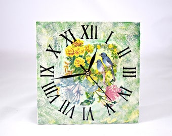 Wall clock lovebirds/Romantic wall clock/Vintage wall clock/ Shabby chic style
