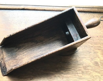 Vintage wooden corn / wheat scoop, from the 1950s
