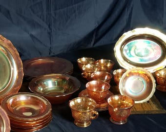 Federal Carnival Irridized Glass dishes set