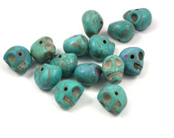 ❤ x 3 ❤ turquoise stone skull beads
