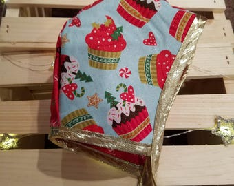 19 Inch Reversible Christmas Bonnets